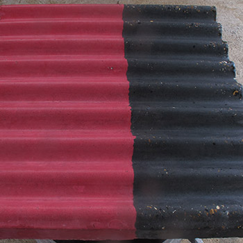 Coloured corrugated concrete