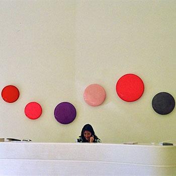 Disc Wave in Pink and Purple – Gallery Installation, Zurich