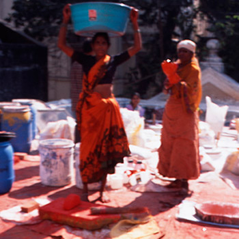 Preparation of marble dust, lime, and Pigment for Araash walls – Mumbai, India