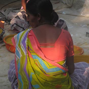 Grinding woman from Ram Devi – Ali Bagh, Western India