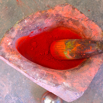 Grinding CPT red pigment – Studio, West London