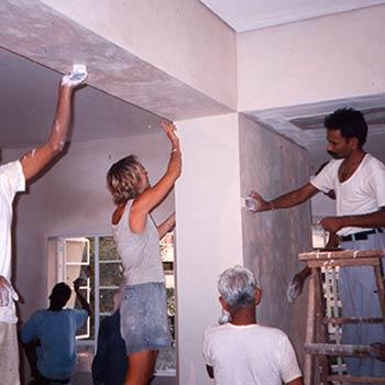 Working on Rough Araash walls as final finish – Mumbai, India