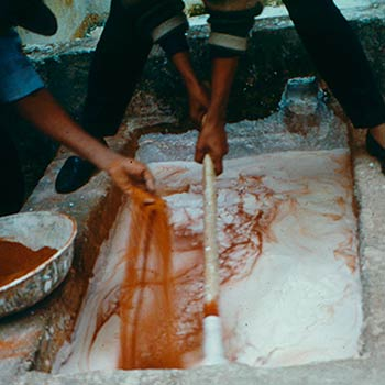 Mixing Brick dust and slaked lime for lime mortar – Studio, Gujerat, Western india
