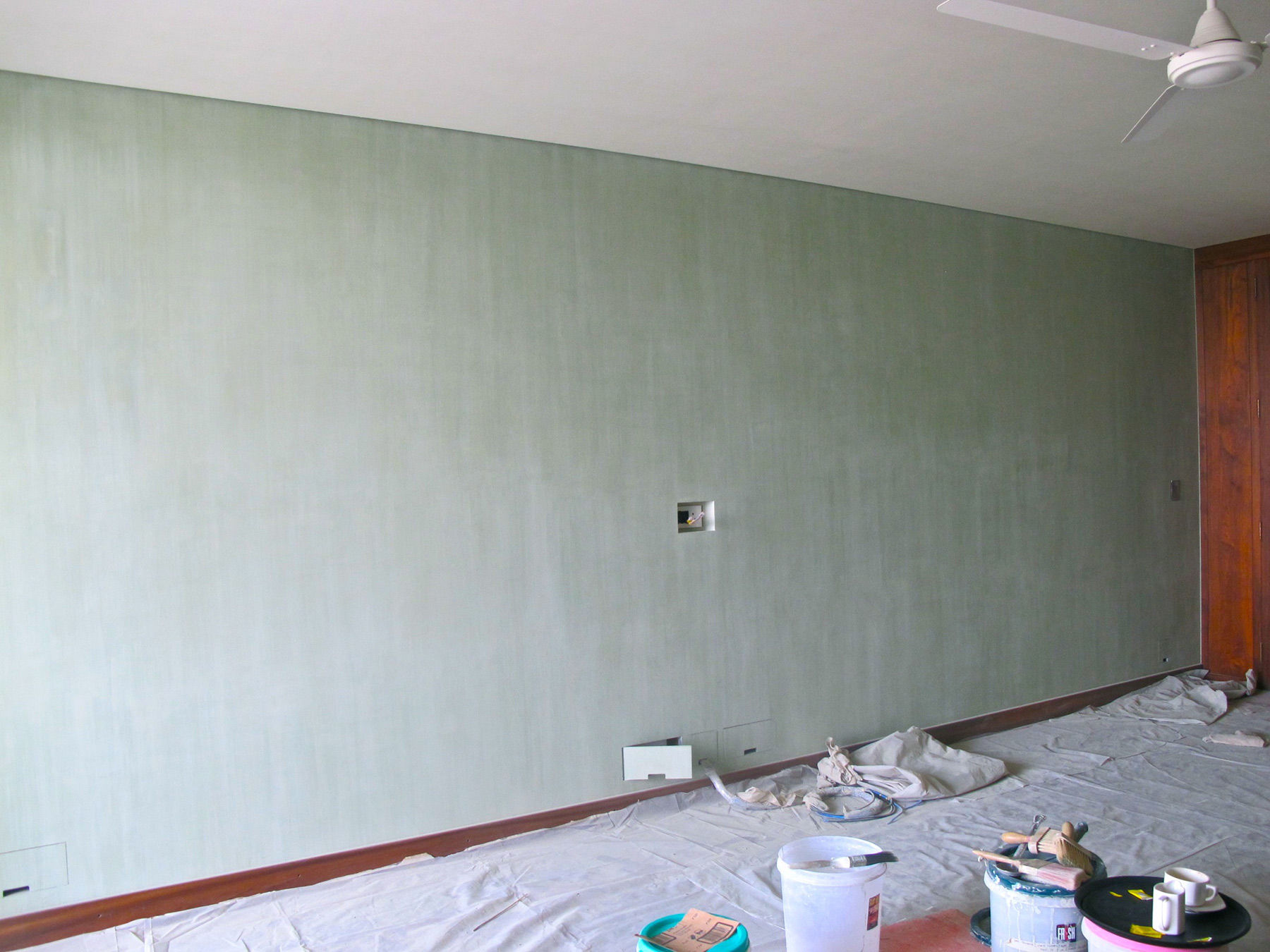 Hand Mixed Coloured Lime Wash Walls