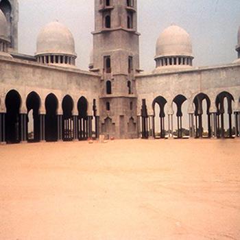 Sheikh Zayed Mosque, Abu Dhabi, UAE – (early stages)